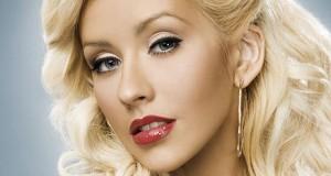 Christina Aguilera Gets Divorced