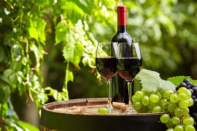 Winemaker has Taste of New Career at Age 30